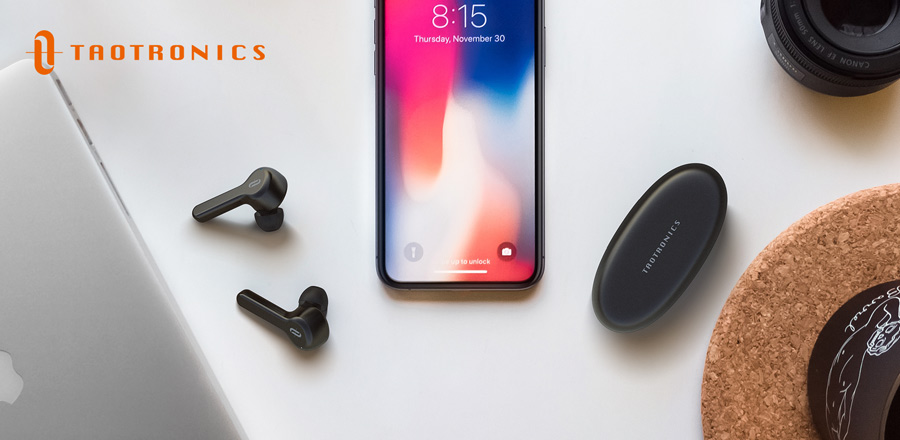airpods pro in black